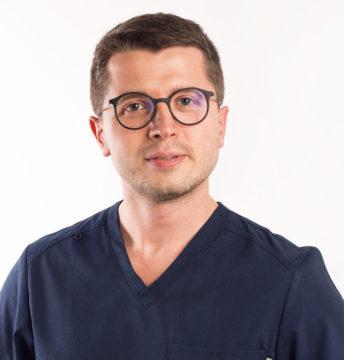lek. med. Artur Andrzejak