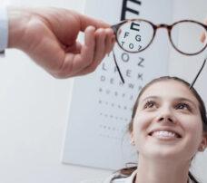 Laserowa korekcja wzroku – co musisz wiedzieć przed i po zabiegu?