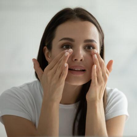 Higiena wzroku – jak dbać o oczy? Sposoby na regenerację zmęczonych oczu – Kliniki Okulistyczne Optegra
