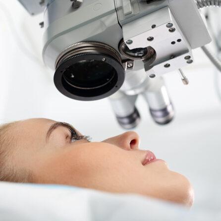 Czy laserowa korekcja wzroku jest bezpieczna? – Kliniki Okulistyczne Optegra